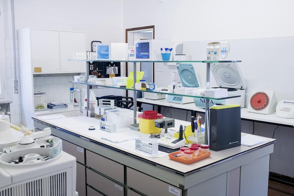laboratorio analisi esame sangue occulto feci